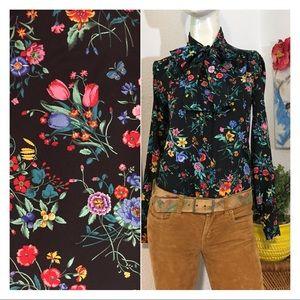 VTG 70s Vibrant Floral Pussytie Button Down Blouse